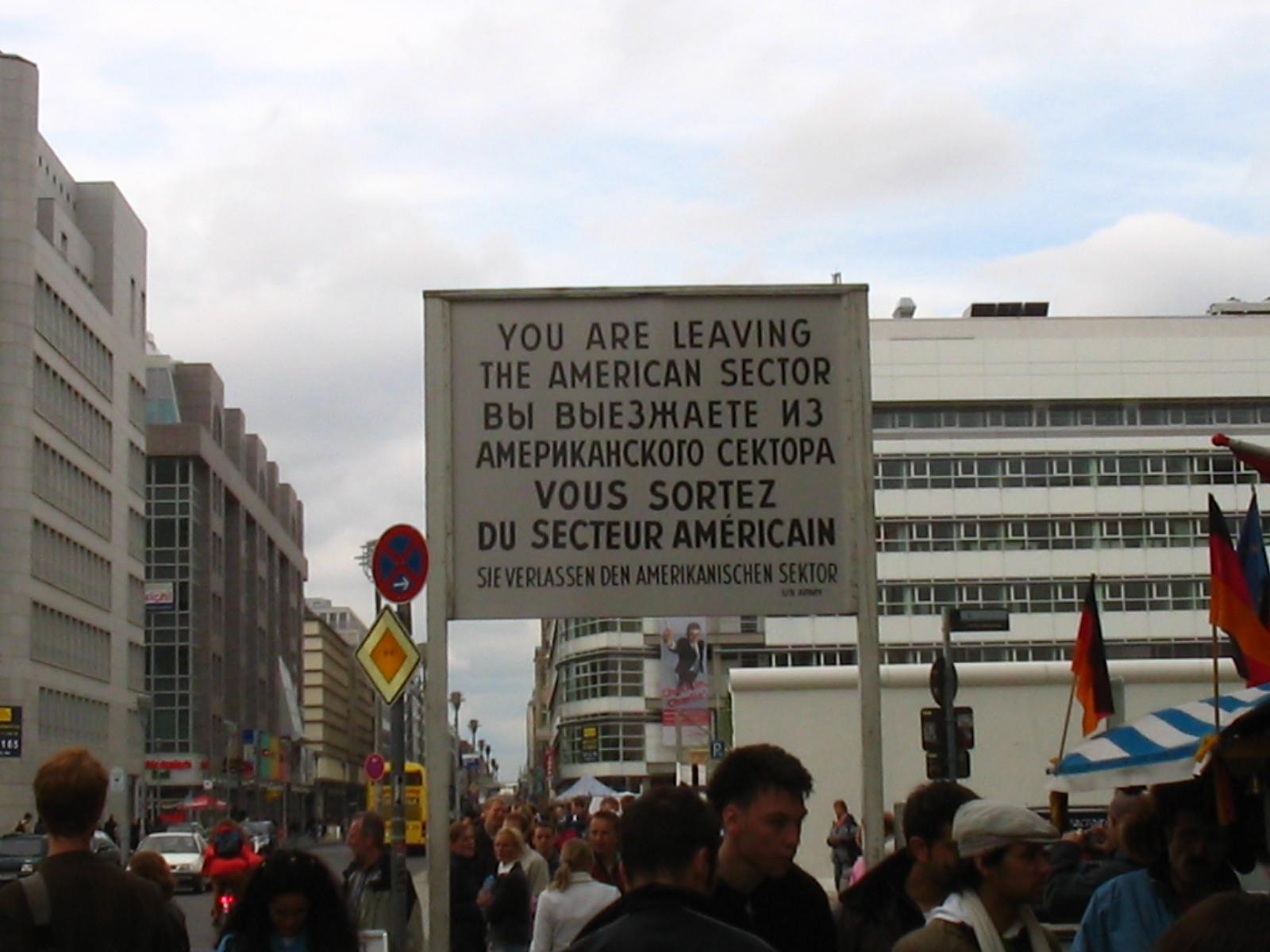 Check Point Charlie, Berlin